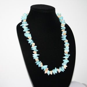 """Chunky vintage blue shell necklace 30"""""""